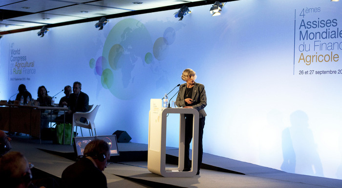 U.S. Section Chair Lana Pollack speaks in Paris, France. Credit: CICA.