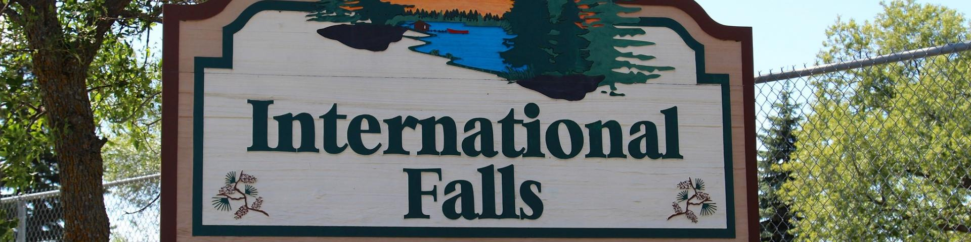 international falls sign